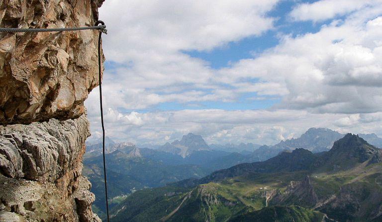 Klettersteig Piz Boe : Piz boe m via ferrata cesare piazzetta sellagruppe