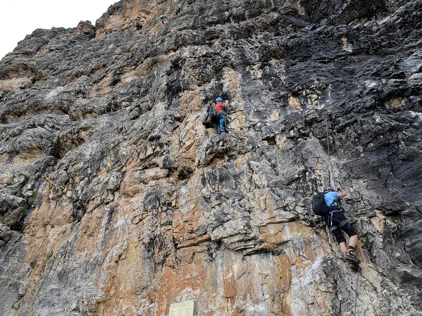 Klettersteig Piz Boe : Der klettersteig ist bereits angeschrieben