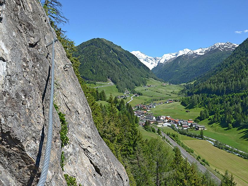 St Jodok Klettersteig : Trotz der anstrengung bleibt zeit die aussicht zu genießen