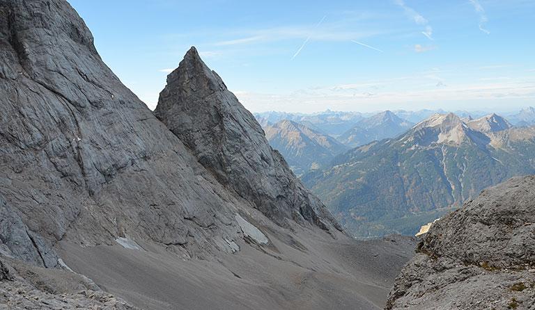 Klettersteigset Zugspitze : Zugspitze m von ehrwald über den stopselzieher