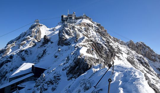 Zugspitze Klettersteigset Leihen : Auf die zugspitze durch das höllental dav sektion weiden